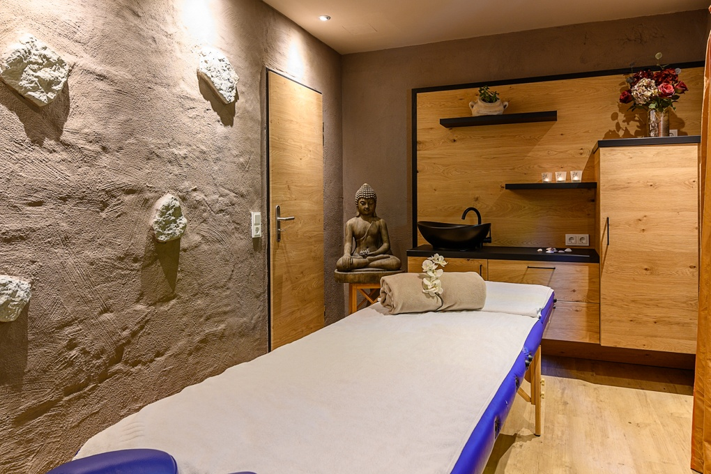 Massage Raum